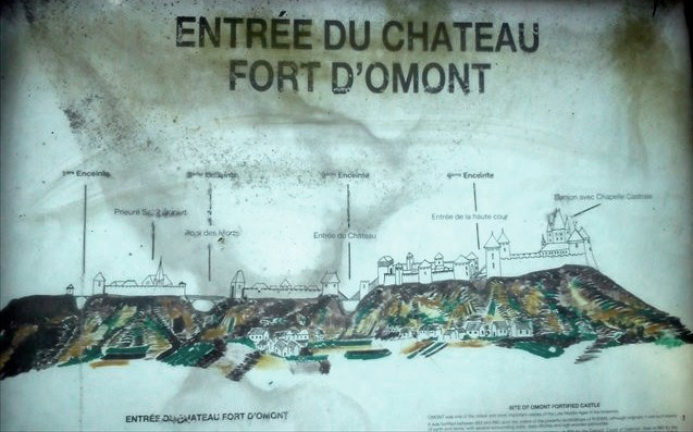 Omont (Ardennes) Le château, plan