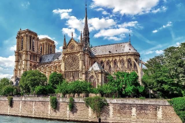 Paris 75 la cathedrale notre dame avant l incendie