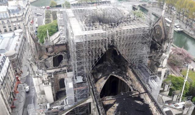 Paris 75 la cathedrale notre dame en 2020