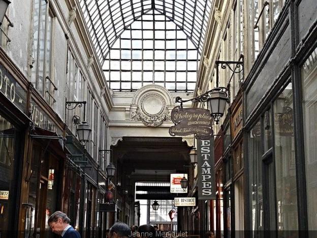 Paris 75 le passage verdeau 9eme