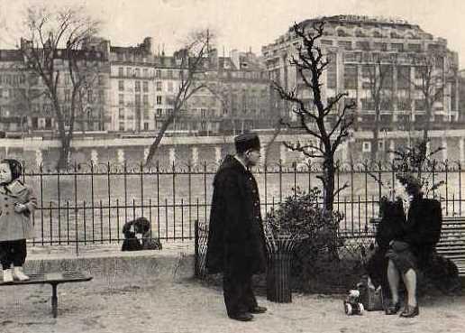 Paris 75 un banc public cpa
