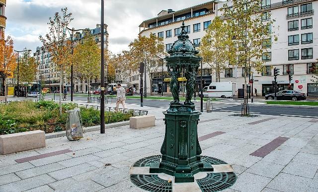 Paris 75 une fontaine wallace