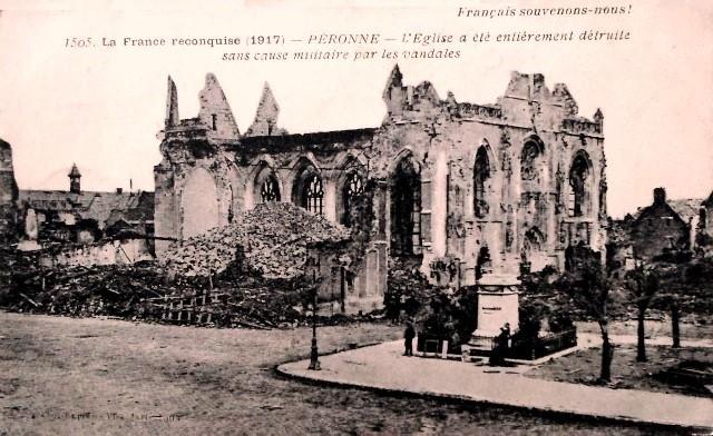 Peronne somme 1914 1918 l eglise en ruines cpa