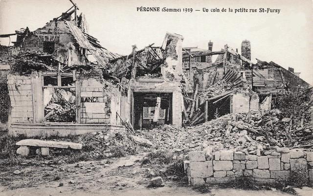 Peronne somme 1914 1918 la petite rue saint fursy cpa