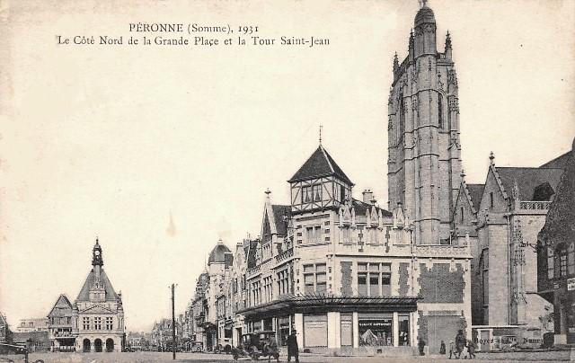 Peronne somme la grand place et la tour saint jean cpa