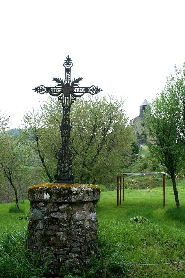 Peux-et-Couffouleux (Aveyron) Blanc