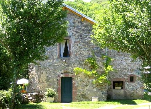 Peux-et-Couffouleux (Aveyron) Blanc, gite presbytère