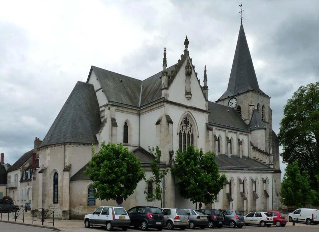Pouilly-sur-Loire (Nièvre) L'église Saint Pierre