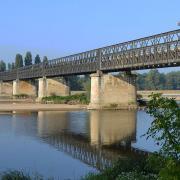 Pouilly-sur-Loire (Nièvre) Le pont