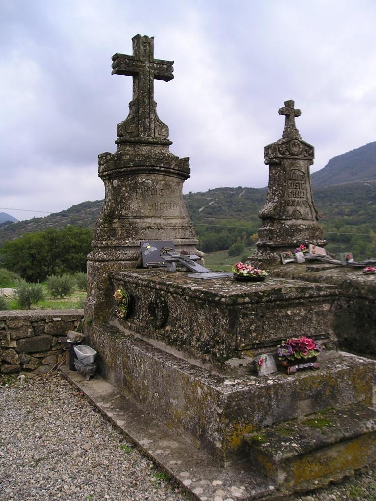 Poujols  (Hérault) tombe Paulin Bourguy