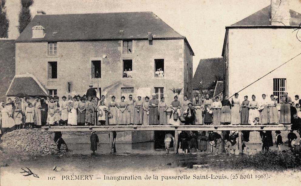 Prémery (Nièvre) La passerelle Saint Louis CPA