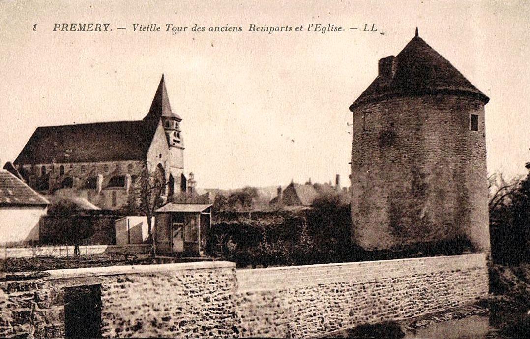 Prémery (Nièvre) Les anciens remparts CPA