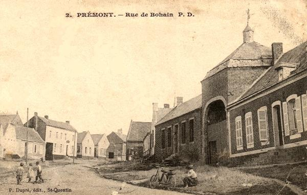 Prémont (Aisne) CPA Rue de Bohain