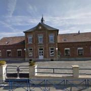 Prémont (Aisne) Mairie-école