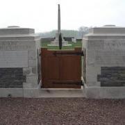 Prémont (Aisne) Monument aux morts