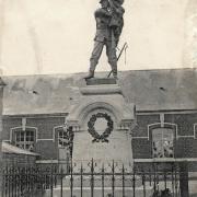 Quievy 59 le monument aux morts cpa