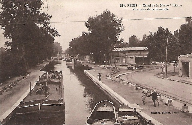 Reims 51 le canal cpa