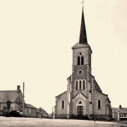 Rémilly (Nièvre) L'église et la place CPA