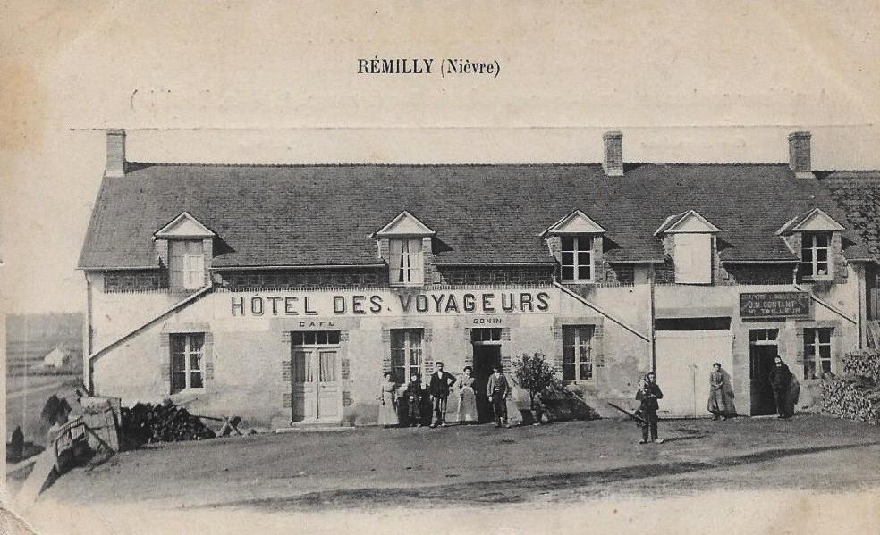 Rémilly (Nièvre) L'Hôtel des Voyageurs CPA