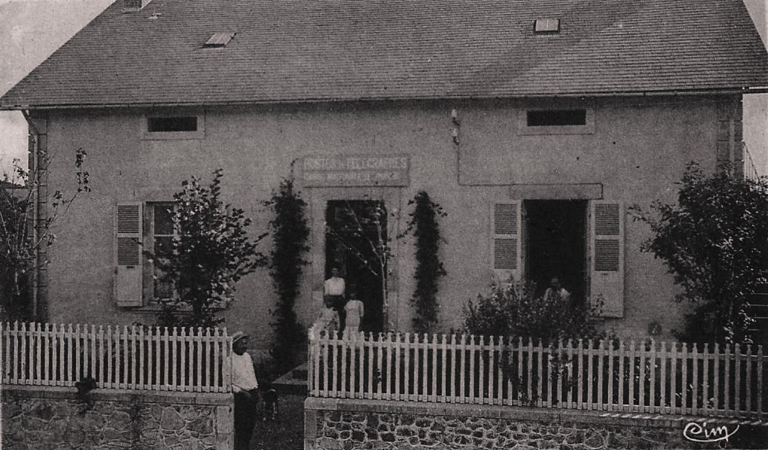 Rémilly (Nièvre) Le bureau de Poste CPA