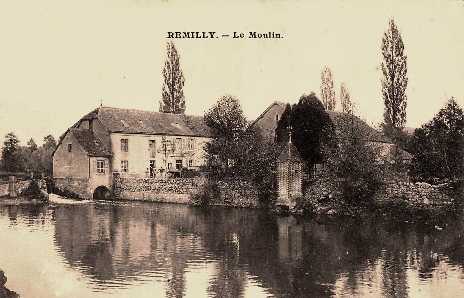 Rémilly (Nièvre) Le moulin CPA