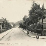 Remiremont 88 la rue jules ferry cpa