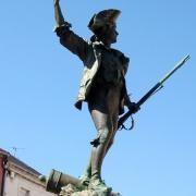 Remiremont 88 la statue du volontaire 1872