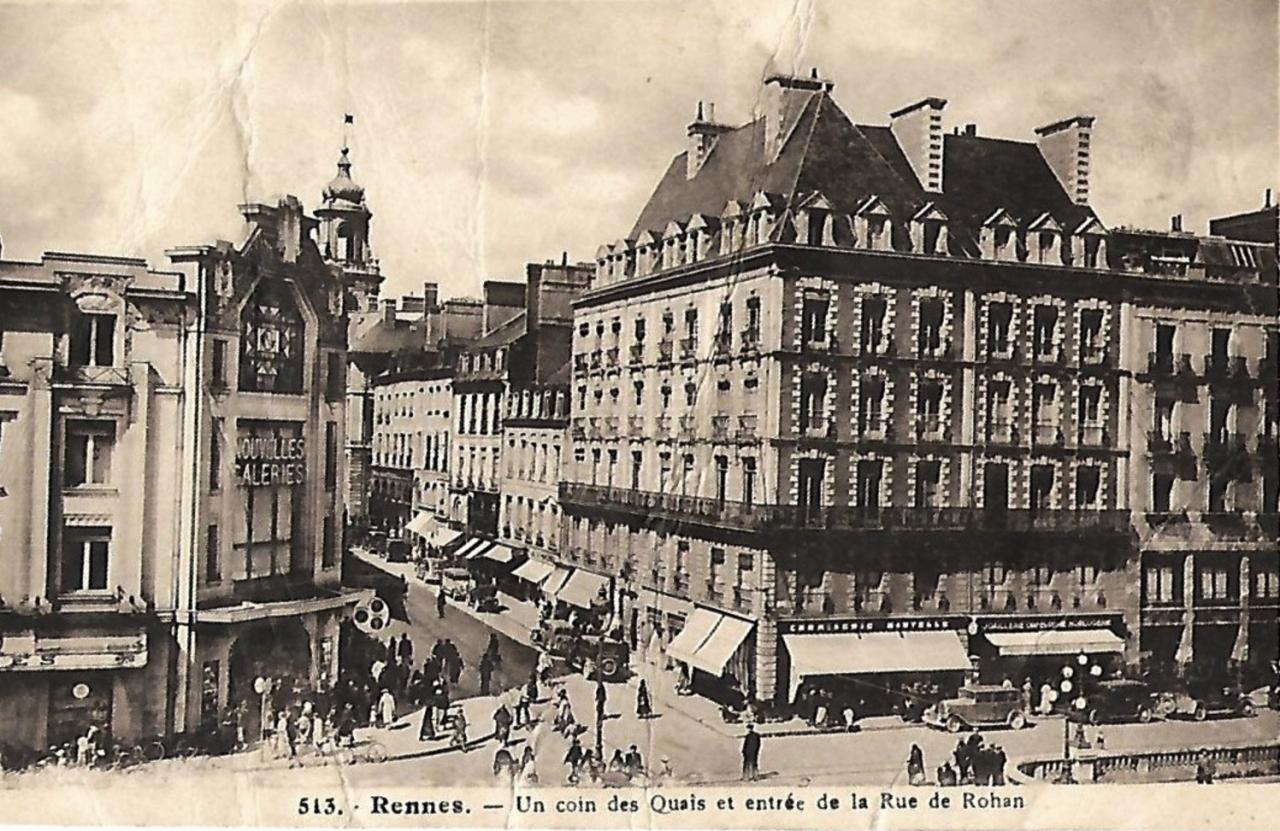 Rennes (Ille-et-Vilaine) La rue de Rohan CPA