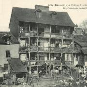 Rennes (Ille-et-Vilaine) Les vieilles maisons du Pont Saint-Martin CPA