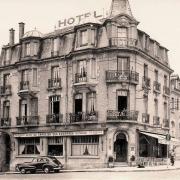 Rethel (08) L'hôtel du Sanglier des Ardennes CPA