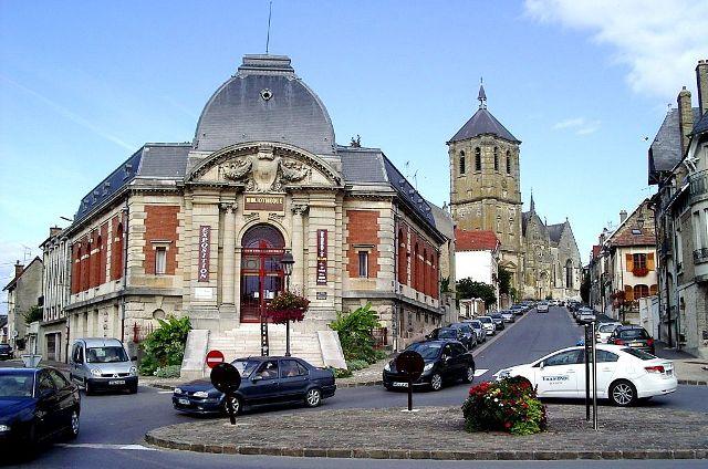 Rethel (08) La Bibliothèque ancienne Caisse d'Epargne