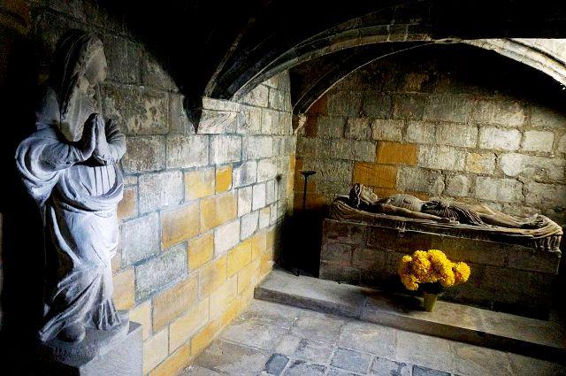 Rethel (08) La crypte de l'église Saint-Nicolas