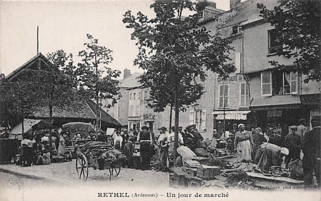 Rethel (08) Le Marché CPA
