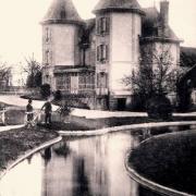 Révillon (Aisne) CPA château