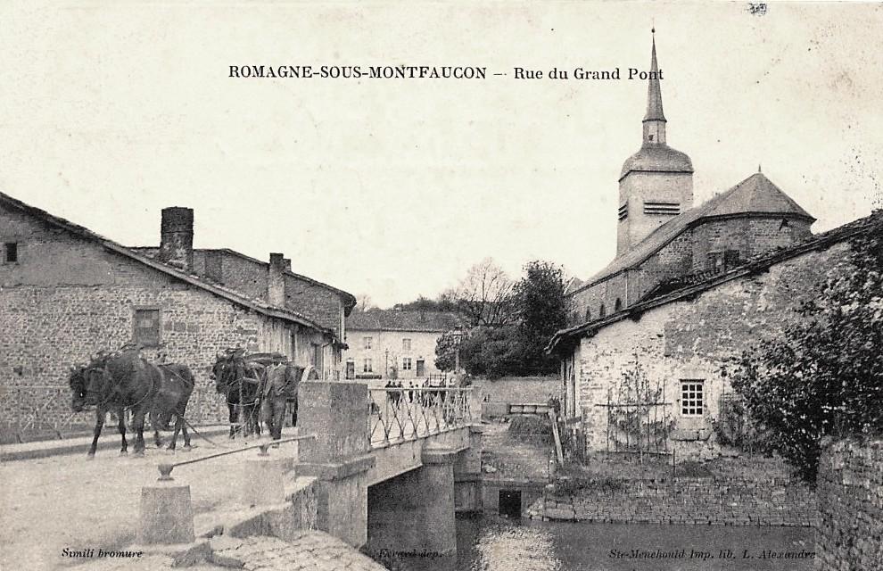 Romagne-sous-Montfaucon (Meuse) L'église et le pont CPA