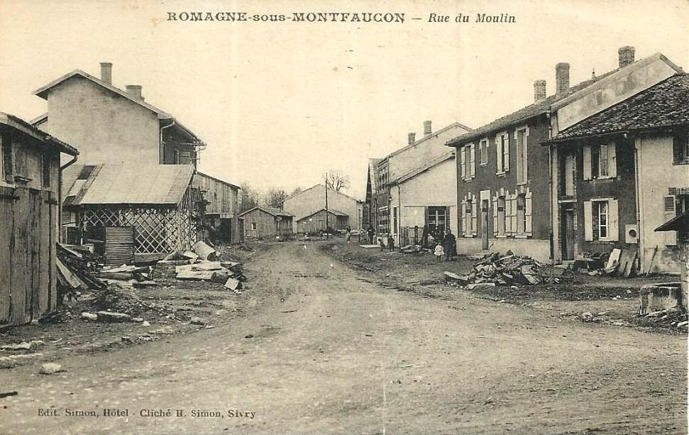 Romagne-sous-Montfaucon (Meuse)  La rue du Moulin CPA