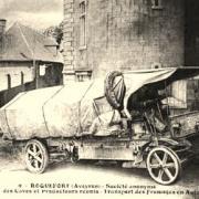 Roquefort-sur-Soulzon (Aveyron) CPA Le transport des fromages
