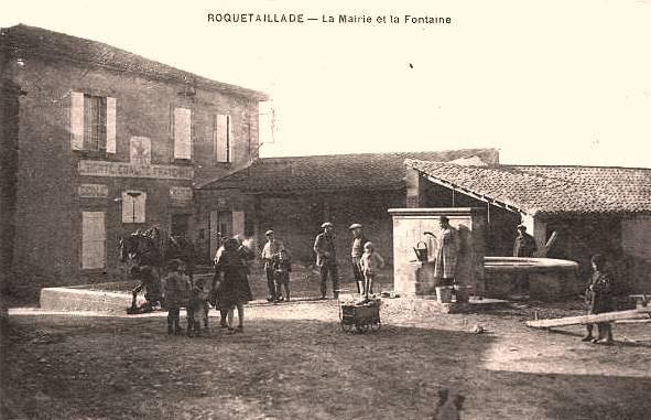 Roquetaillade (Aude) CPA La mairie et la fontaine