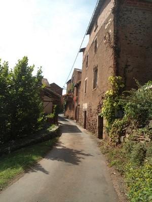 Saint-Affrique (Aveyron) Bournac, la rue principale