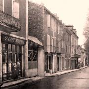 Saint-Affrique (Aveyron) CPA l'avenue de Saint-Affrique