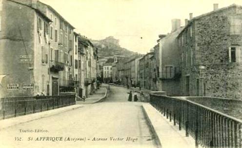Saint-Affrique (Aveyron) CPA le boulevard Victor Hugo