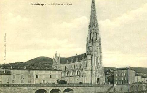 Saint-Affrique (Aveyron) CPA l'église et le quai
