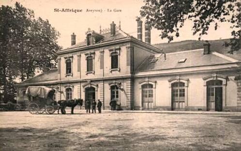 Saint-Affrique (Aveyron) CPA la gare