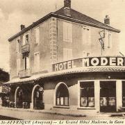 Saint-Affrique (Aveyron) CPA le Grand Hôtel
