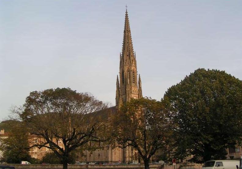 Saint-Affrique (Aveyron) L'église Notre-Dame de la Miséricorde