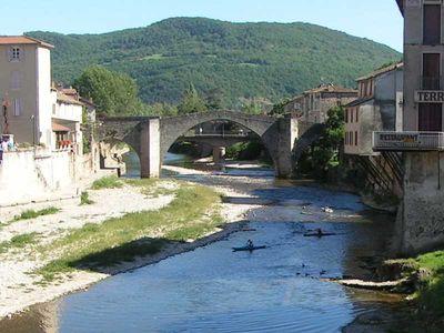 Saint-Affrique (Aveyron) le pont Vieux
