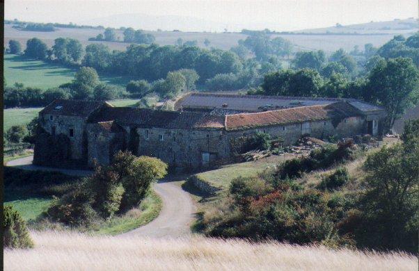 Saint-Félix-de-Sorgues (Aveyron) Mascourbe, la borie du commandeur