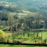 Saint-Félix-de-Sorgues (Aveyron) un moulin et le pont