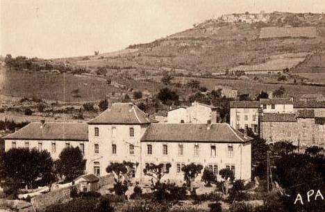 Saint-Georges-de-Luzençon (Aveyron) Les écoles
