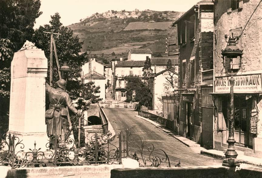 Saint-Georges-de-Luzençon (Aveyron) Mas des Campels